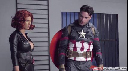 Капитан Америка пердолит раком в манду Черную Вдову